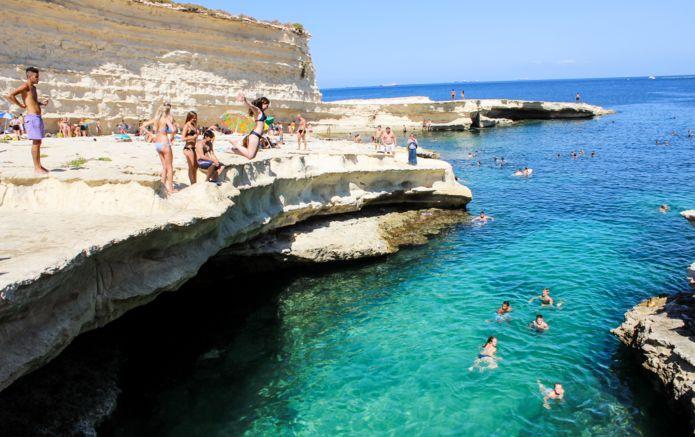 1_Jwan_Abdulkarim_Malta_Peters_Pool_0381.jpg