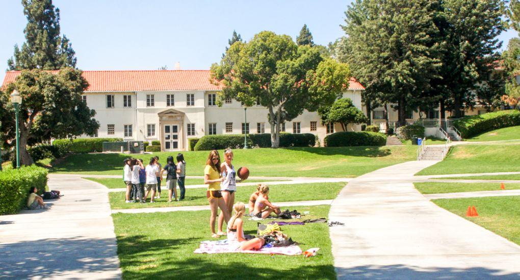 1_0891_Whittier_College_California_Club_IMG_9522.jpg