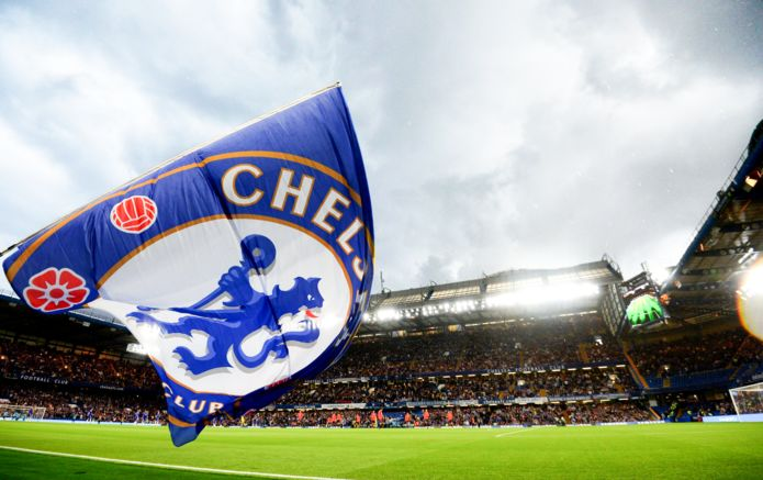 1_Chelsea_stadium-flag.jpg