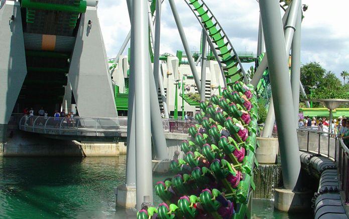 dreamstime_215172_florida_orlando_rollercoaster (1).jpg