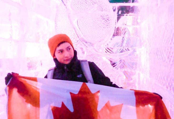 2-Lauri-Hollo-Flag-Canada.jpg