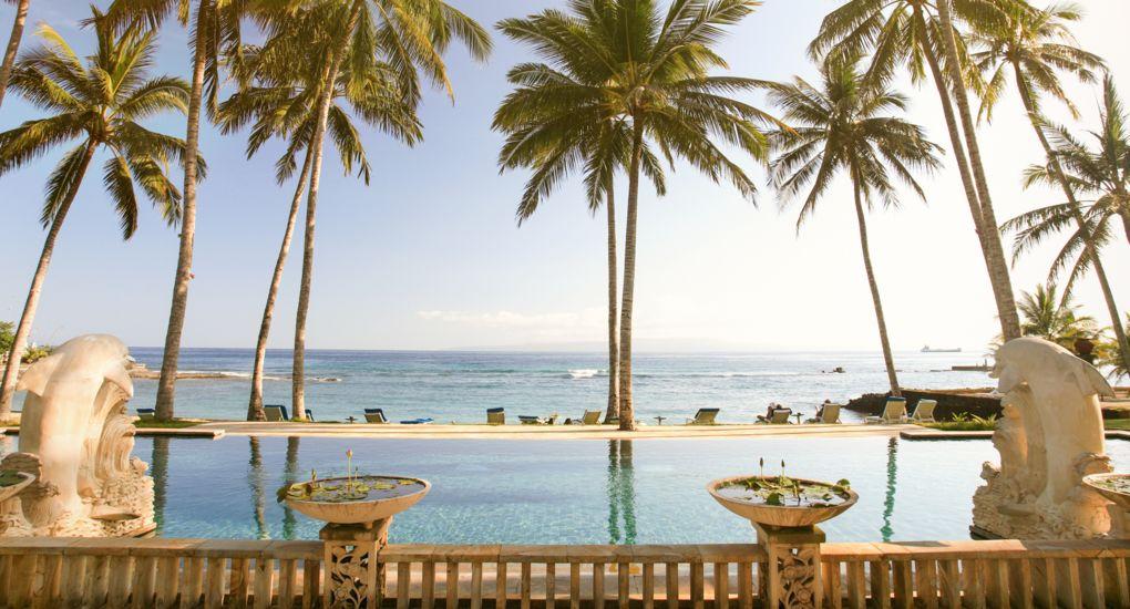 1-Resort-Hotel-Pool-Beach-Bali-AdobeStock_188853 (1).jpg