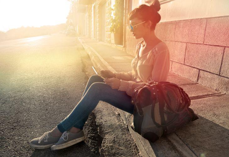 3-Girl-Sunset-Tablet-Street-AdobeStock_72374322.jpg