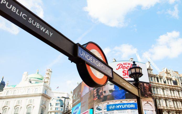 8_London_Underground_Subway_Sign_9300.jpg